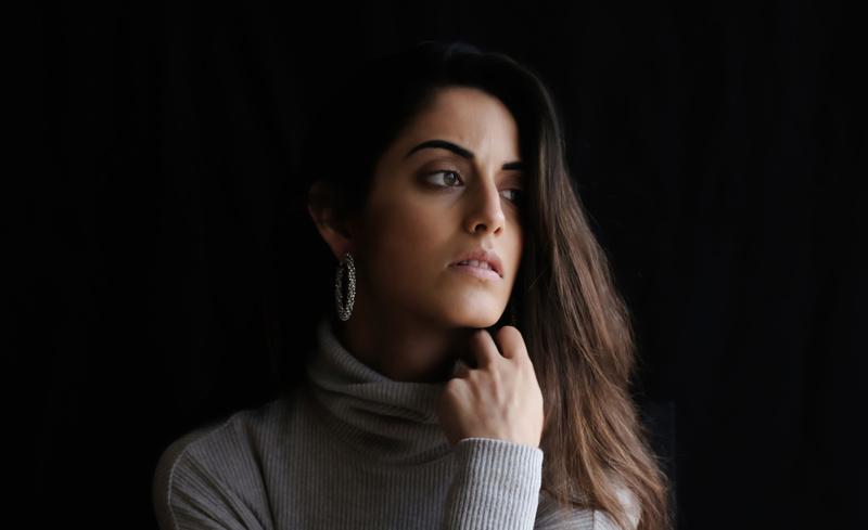 Female model photo shoot of Veronica De Borba