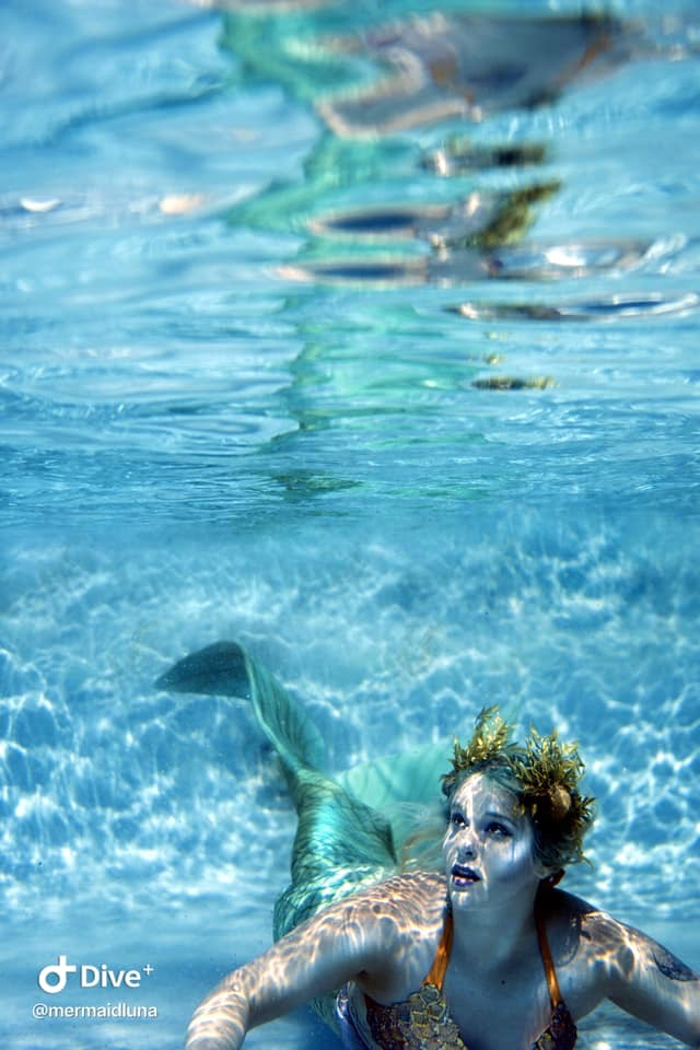 Female model photo shoot of MermaidLuna