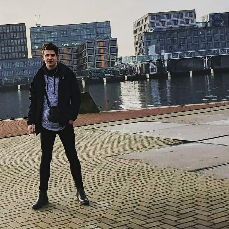 Male model photo shoot of Jaxonbritton in Amsterdam