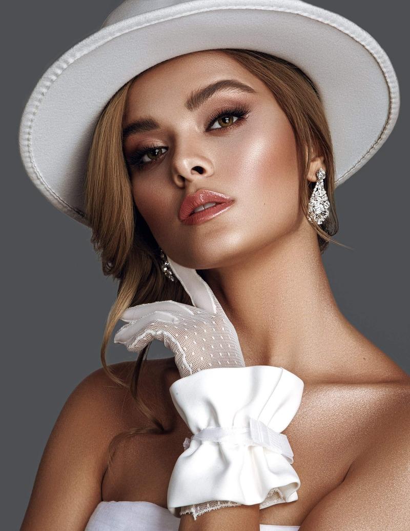 Female model photo shoot of Darya Ashianty