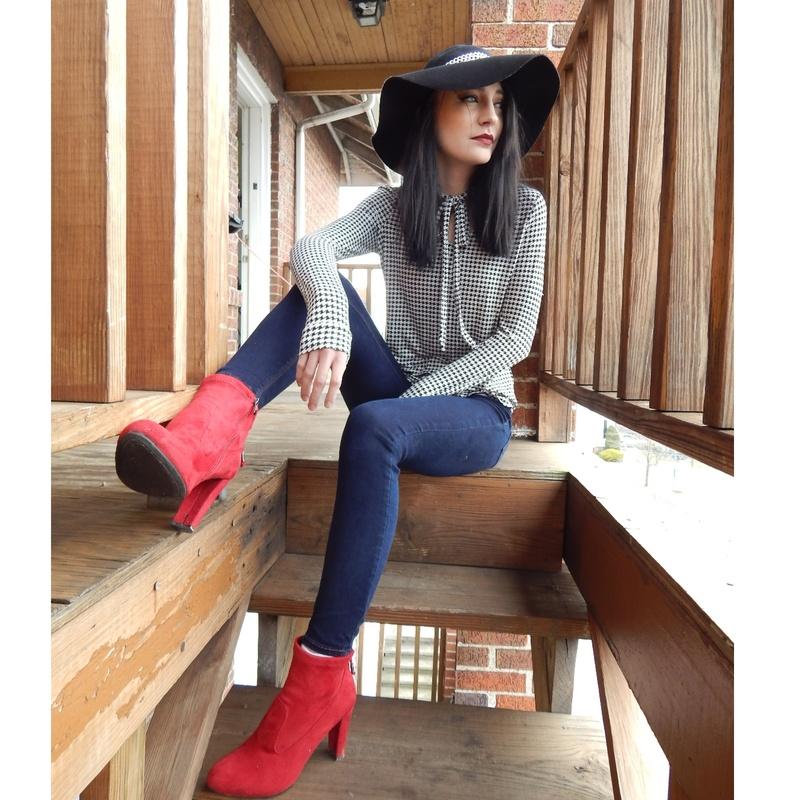Female model photo shoot of Kaylee Wilson Styling