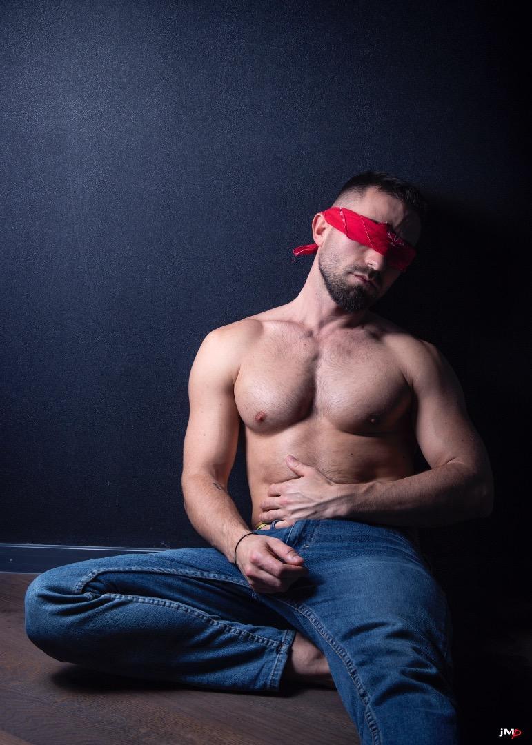 Male model photo shoot of Alban Kryeziu in Cologne, Germany