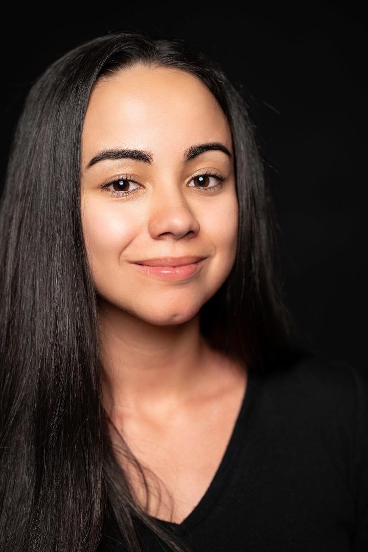 Female model photo shoot of acabrera32
