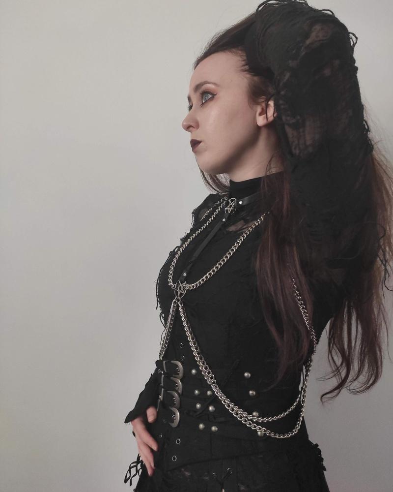 Female model photo shoot of Annmarie Forrest