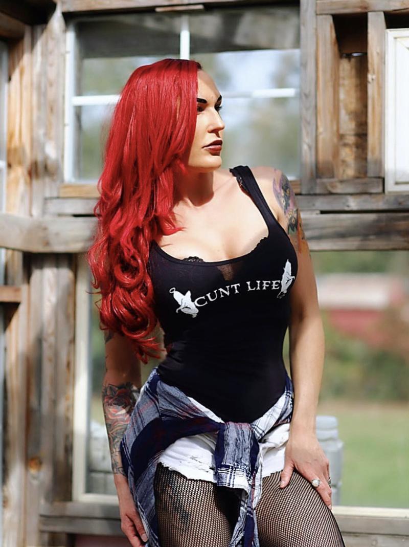 Female model photo shoot of OfficialCuriosa