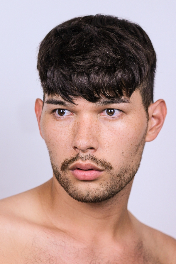 Male model photo shoot of Jesse Herndon