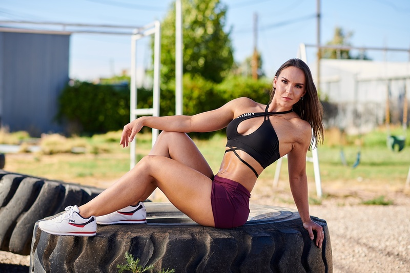 Female model photo shoot of victoriafitmodel in Showtime Fitness
