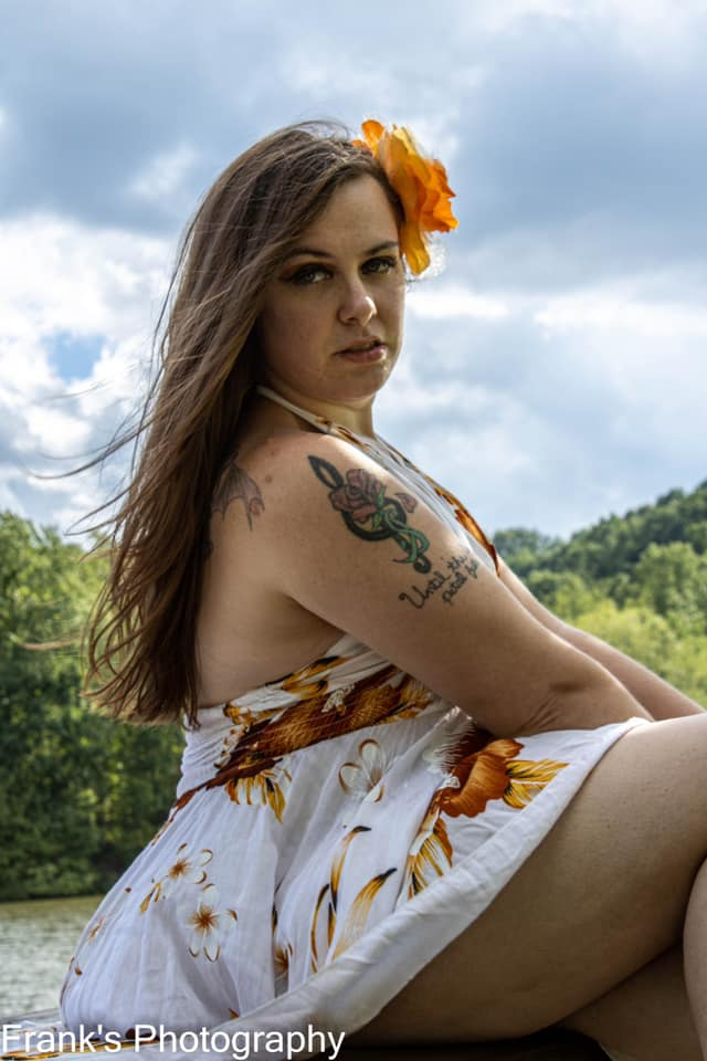 Female model photo shoot of Sassy Savy in northmorland park apollo pa