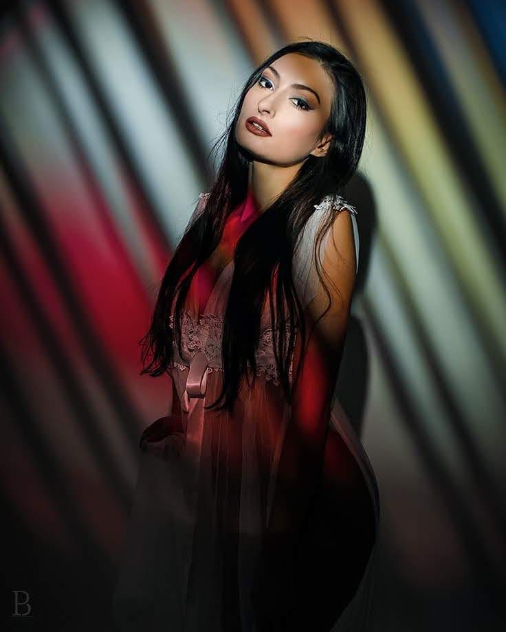 Female model photo shoot of Lucie Svamberova