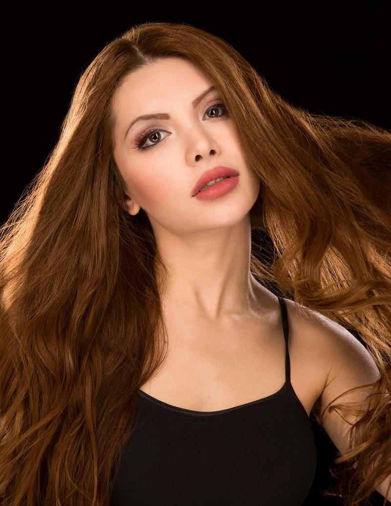 Female model photo shoot of JasmineRossi