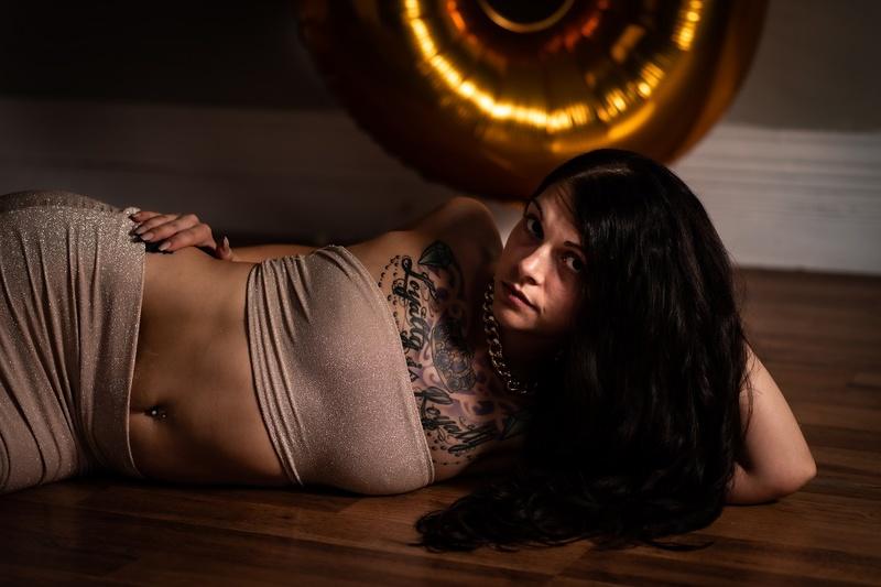 Female model photo shoot of lunaticlo