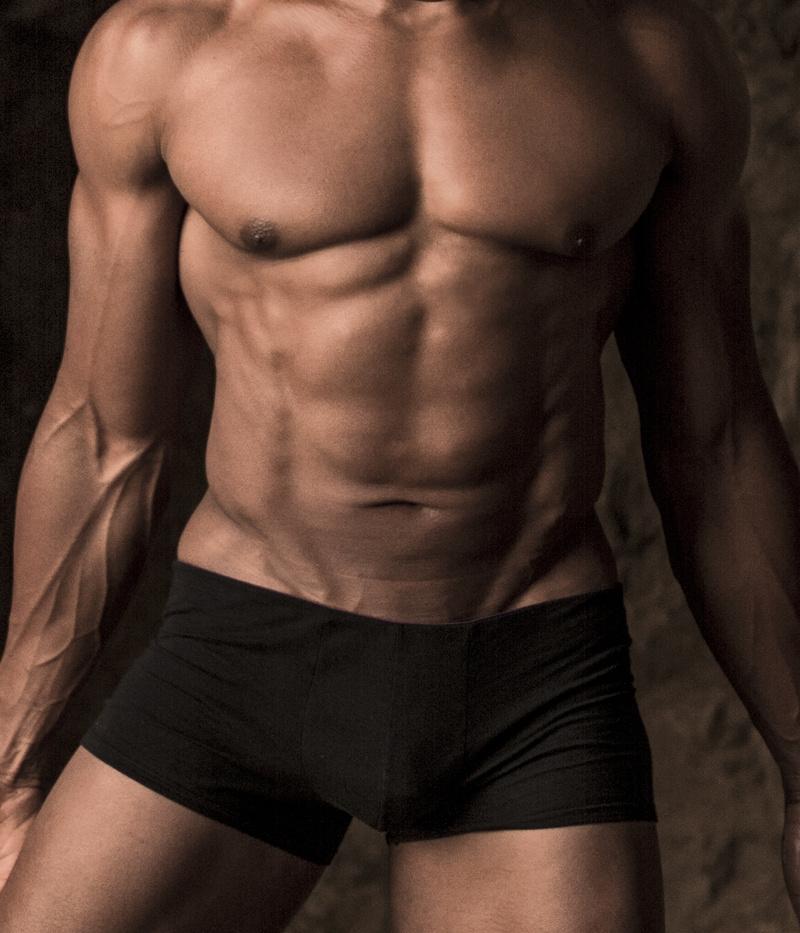 Male model photo shoot of Je Todd