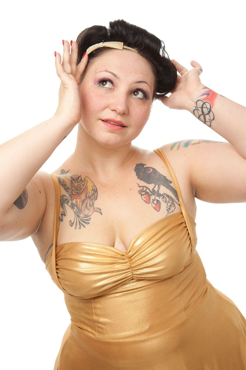 Female model photo shoot of Jeri Lynn Astra