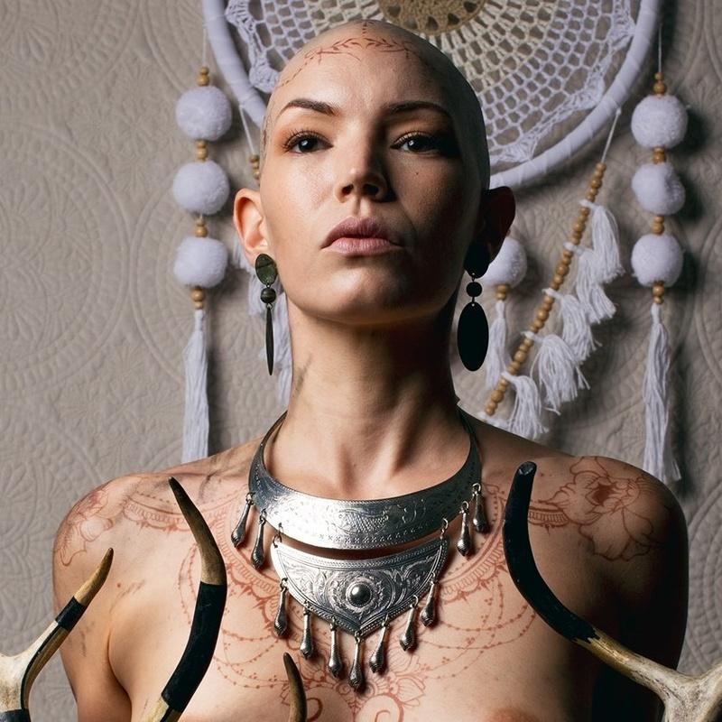 Female model photo shoot of Alexandra Mathews
