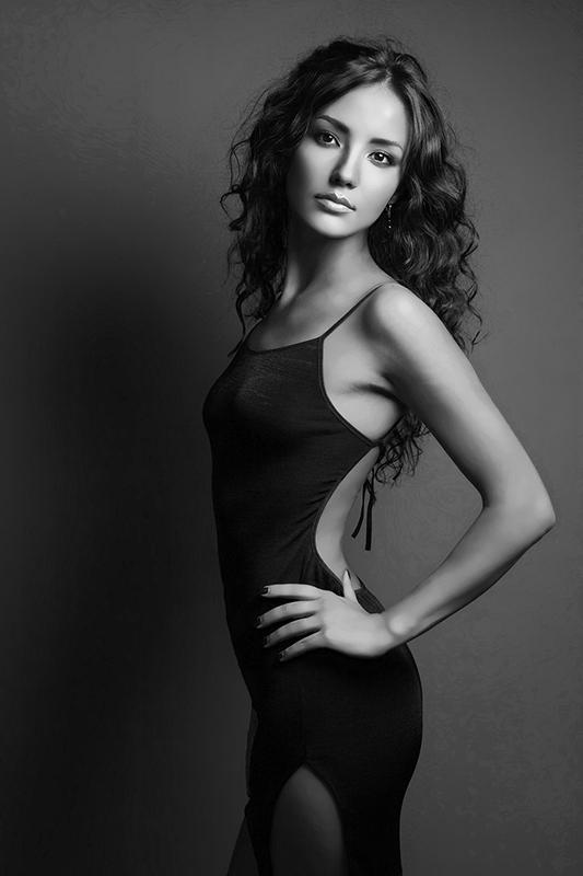 Female model photo shoot of Olga Khvorostovskaya in Moscow