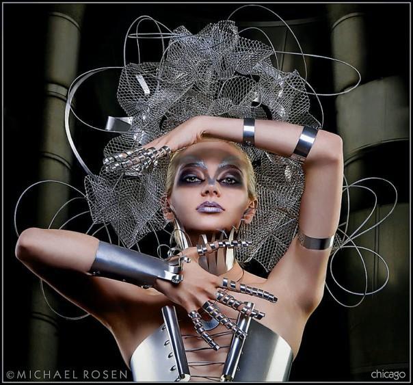 http://photos.modelmayhem.com/potd/entrants/081006/potd-081006-4898-big.jpg
