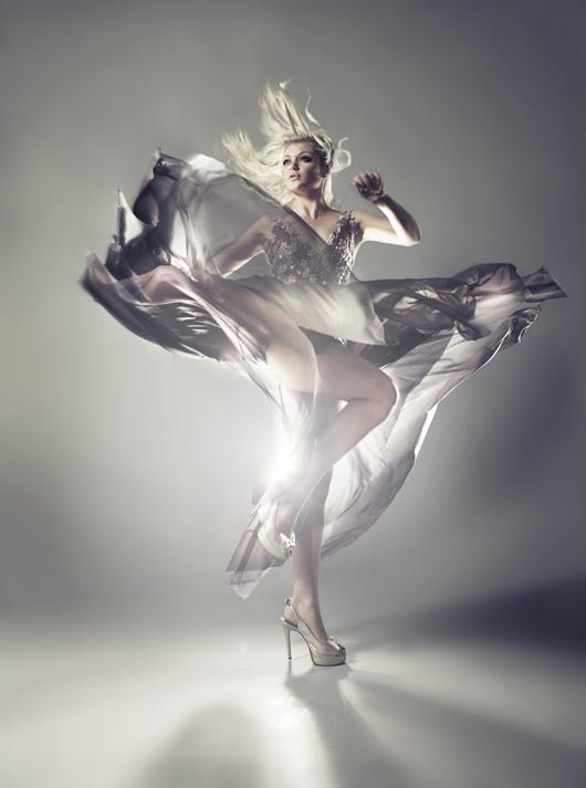 http://photos.modelmayhem.com/potd/entrants/090330/potd-090330-50650-big.jpg