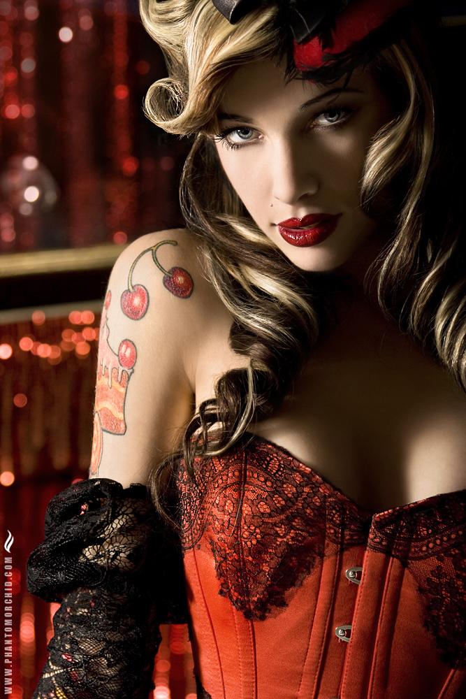 http://photos.modelmayhem.com/potd/entrants/090408/potd-090408-53833-big.jpg