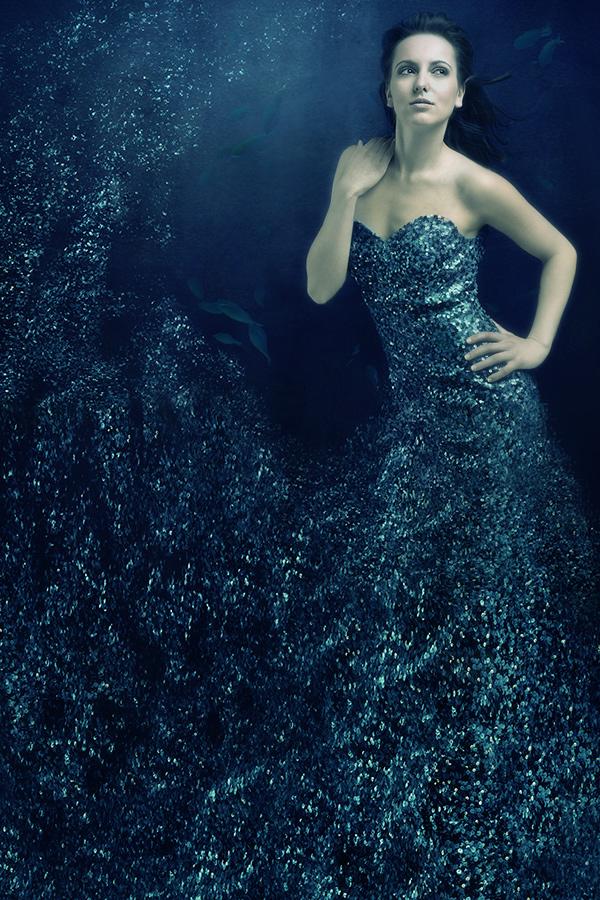 http://photos.modelmayhem.com/potd/entrants/090409/potd-090409-54063-big.jpg