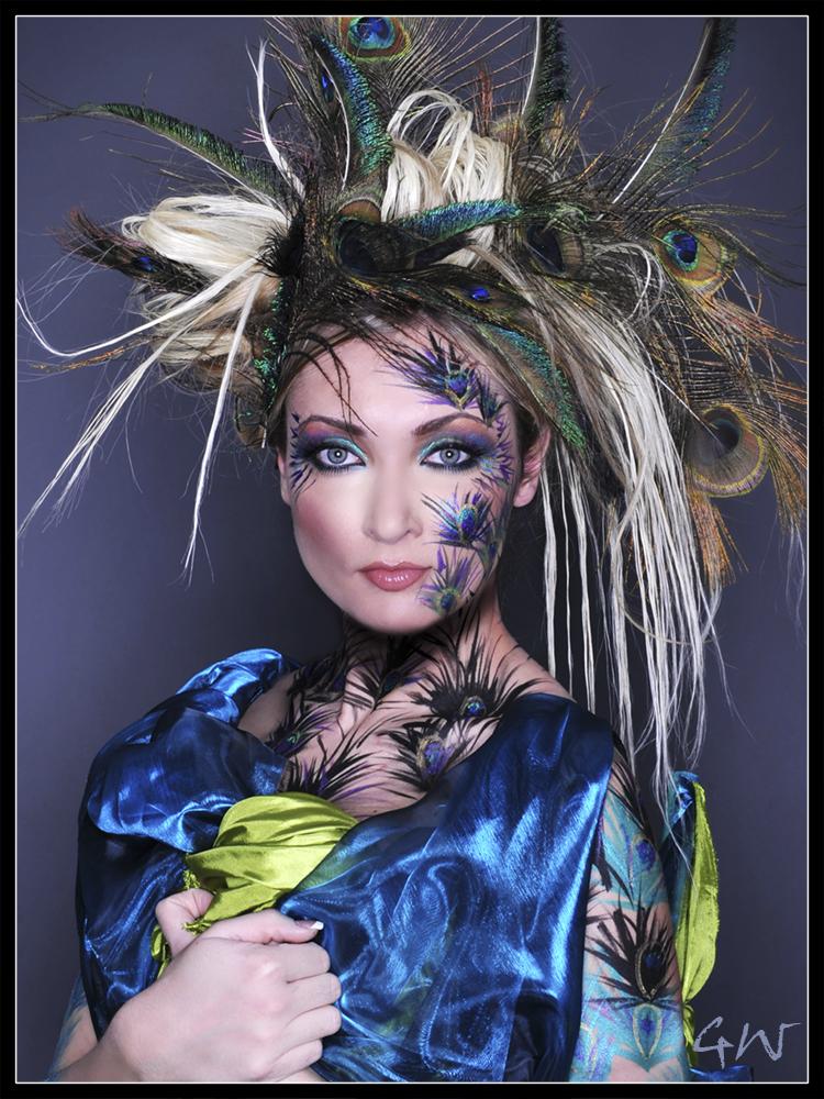 http://photos.modelmayhem.com/potd/entrants/090504/potd-090504-63047-big.jpg