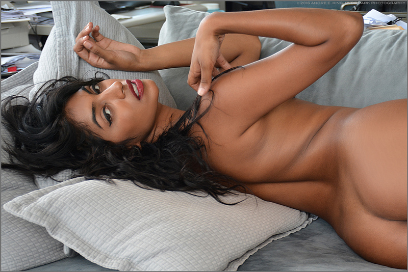 Model mayhem nude